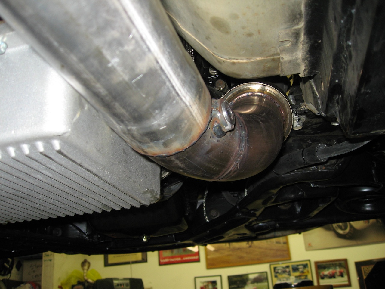 Header to headpipe and bung pass side web.jpg