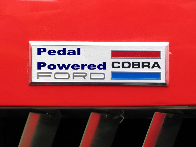 Cobra_Pedal_badge.jpg